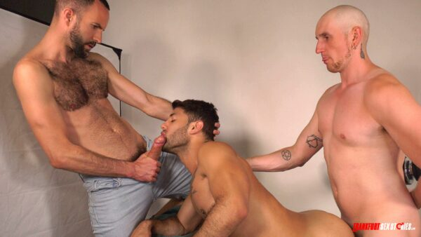 muscle latino stud gets two cocks in mouth and ass
