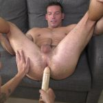 muscle guy spreads up his legs and gets dildo in his ass