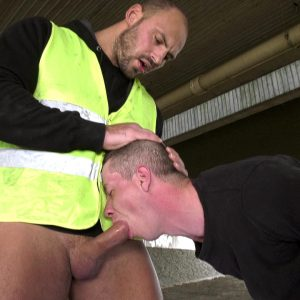 cock snatcher gets hard mouthfuck by sexy construction worker